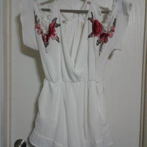 LOVE WHITE ROMPER